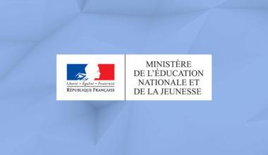 logo de l'éducation nationale et assistant vocal